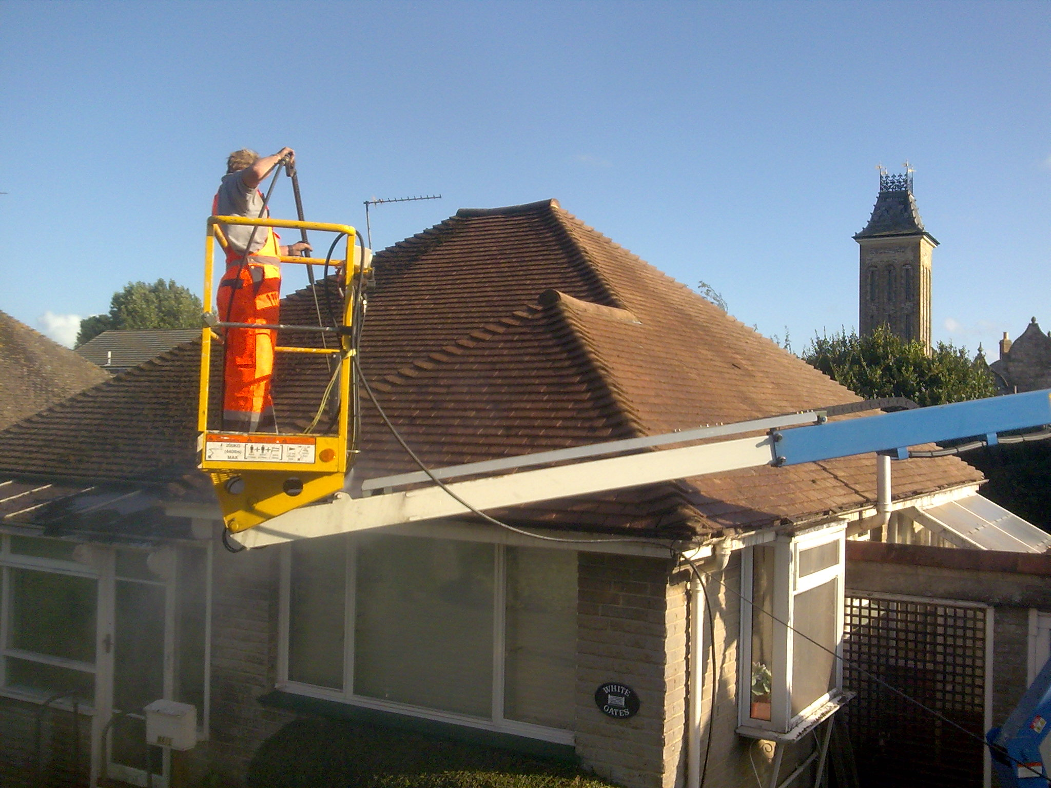 Roof Cleaning In Fife Window Cleaning Dunfermline Fife